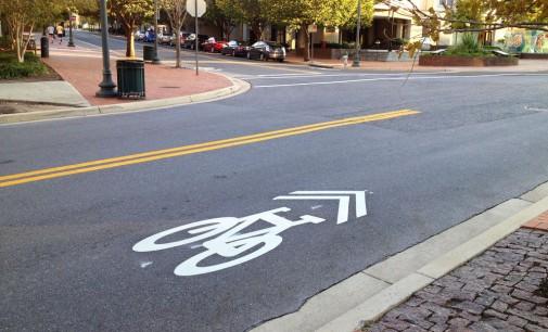 Mit Innovativem Einsatz von Sharrows für mehr Radverkehrssicherheit sorgen