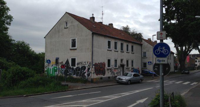 Verwaltung darf Schandfleck an der Harpener Straße nicht länger ignorieren.