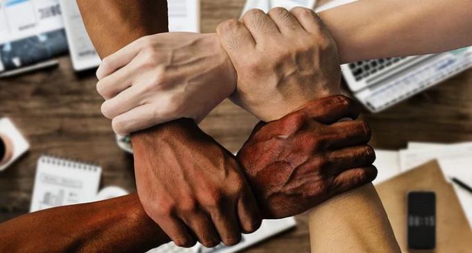 Stadtgestalter schließen sich Erklärung zum Respekt vor der Würde des Menschen an