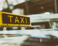 Corona-Risikogruppen sollen in Bochum zum ÖPNV-Preis mit dem Taxi fahren.